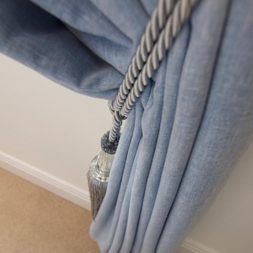 Curtain_Detail